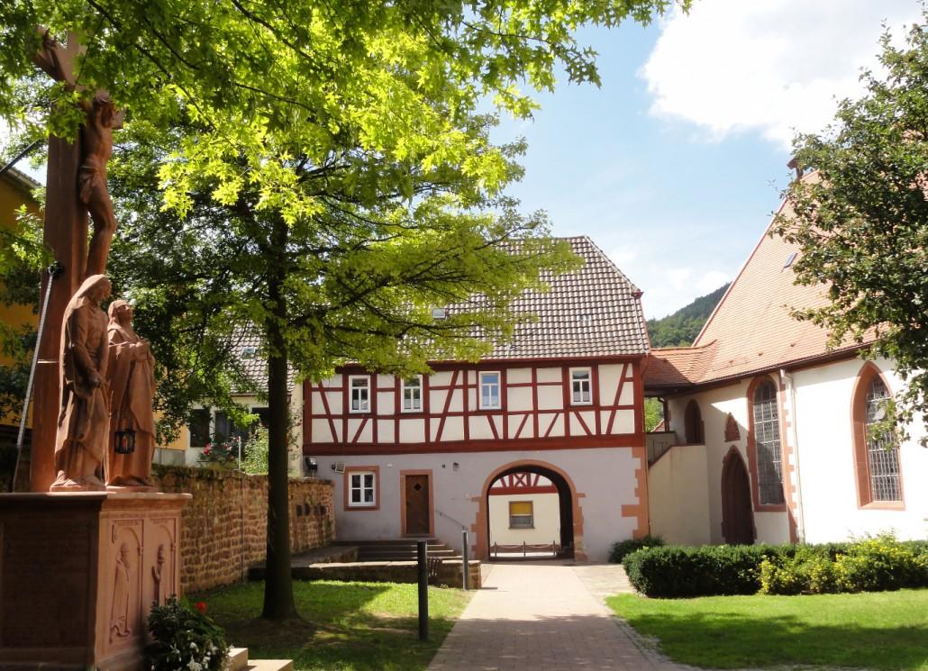 buergstadt_alterkirchhof-1030x745-1.jpg